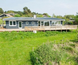 Five-Bedroom Holiday home in Ebeltoft 1
