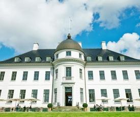 Bernstorff Castle
