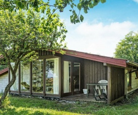 Three-Bedroom Holiday home in Allinge 5